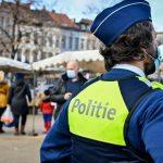 Belgom powiedziano, że w Boże Narodzenie policja zapuka do ich drzwi, aby egzekwować przepisy dotyczące COVID